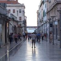 Marmontova Caddesi